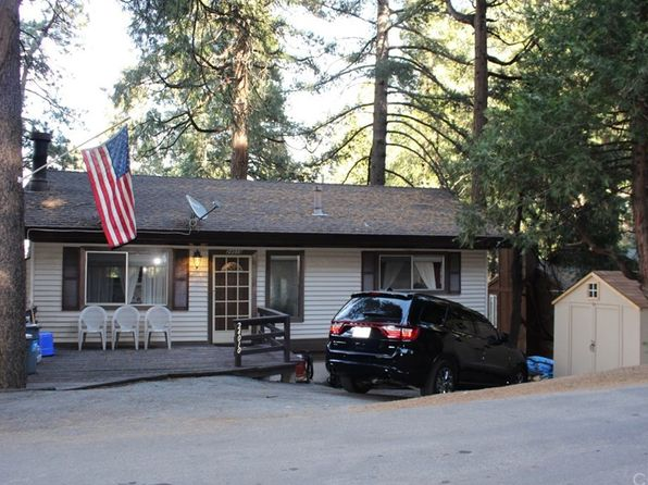 3 bed 2 bath Single Family at 24010 LAKEVIEW DR CRESTLINE, CA, 92325 is for sale at 265k - 1 of 38