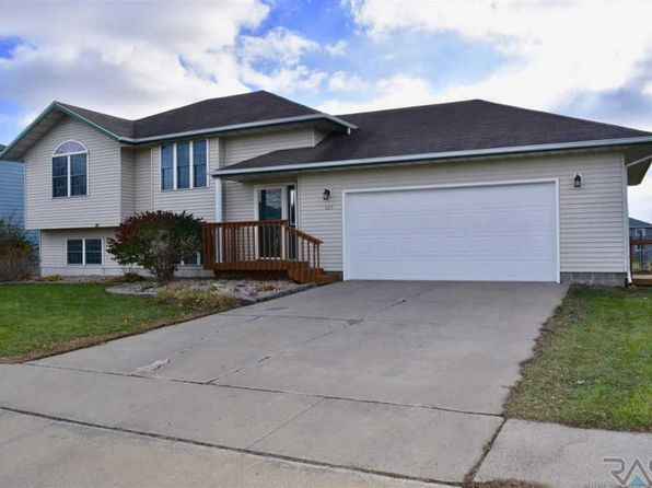 4 bed 2 bath Single Family at 605 E Kevin Dr Tea, SD, 57064 is for sale at 200k - 1 of 19
