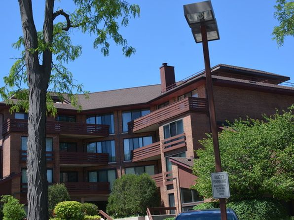 2 bed 2 bath Condo at 702 Waukegan Rd Glenview, IL, 60025 is for sale at 279k - 1 of 10