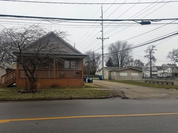 2 bed 1 bath Single Family at 142 W Chestnut St Kankakee, IL, 60901 is for sale at 30k - 1 of 3