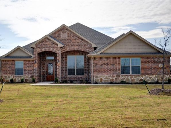 4 bed 3 bath Single Family at 112 High Country Rd Decatur, TX, 76234 is for sale at 335k - 1 of 25