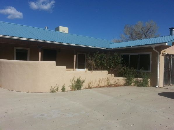 3 bed 2 bath Single Family at 909 E Pueblo Dr Espanola, NM, 87532 is for sale at 190k - 1 of 8