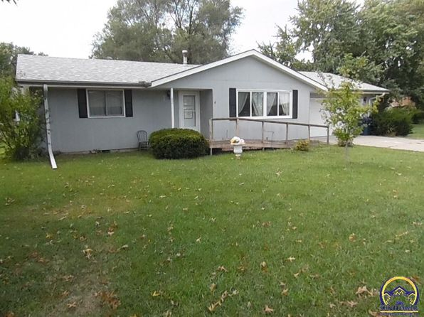 2 bed 1 bath Single Family at 27 Martinwood Dr Osage City, KS, 66523 is for sale at 75k - 1 of 25