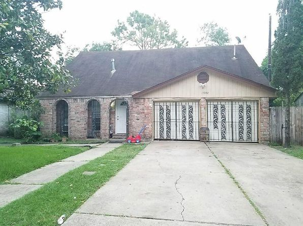 4 bed 2 bath Single Family at 15503 Campden Hill Rd Houston, TX, 77053 is for sale at 110k - 1 of 6