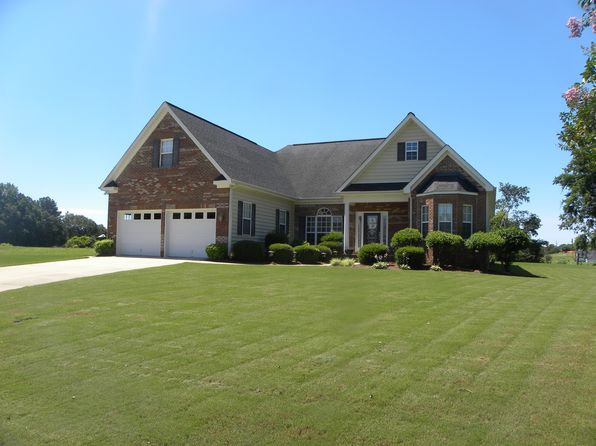 3 bed 2 bath Single Family at 144 Rolling Green Dr Anniston, AL, 36207 is for sale at 235k - 1 of 22