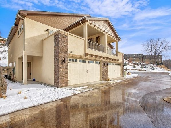 3 bed 2.5 bath Townhouse at 2224 W Hill Terrace Ln Boise, ID, 83702 is for sale at 418k - 1 of 25