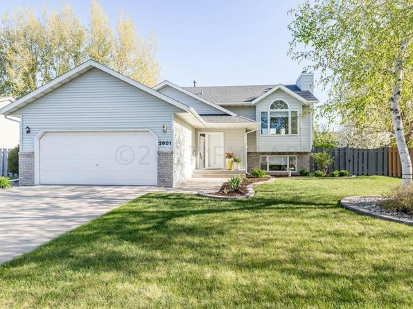 4 bed 3 bath Single Family at 2601 38 1/2 Ave S Fargo, ND, 58104 is for sale at 265k - 1 of 42