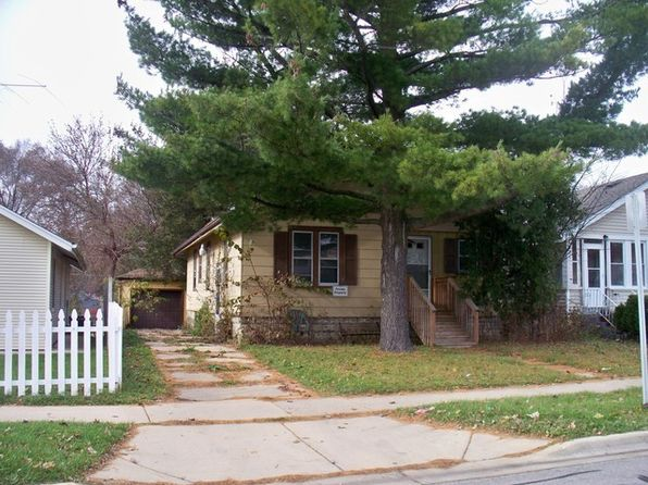 3 bed 1 bath Single Family at 417 S Smith St Aurora, IL, 60505 is for sale at 59k - google static map