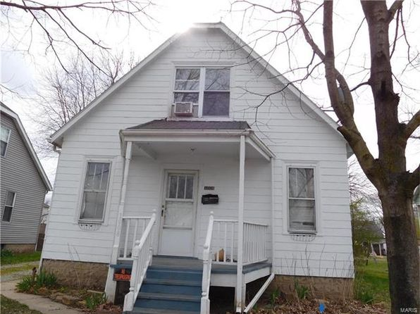 3 bed 1.5 bath Single Family at 1008 Beech St Highland, IL, 62249 is for sale at 58k - google static map