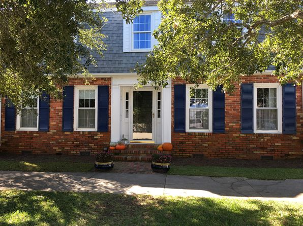4 bed 2 bath Single Family at 101 N Atlantic Ave Southport, NC, 28461 is for sale at 585k - 1 of 14