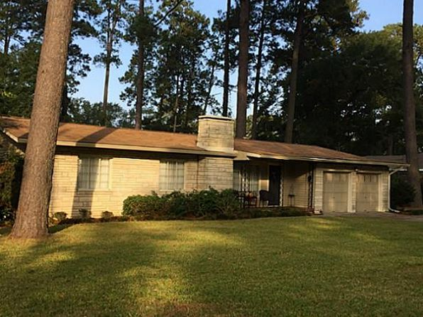 3 bed 3 bath Single Family at 2126 AVENUE P HUNTSVILLE, TX, 77340 is for sale at 270k - 1 of 17