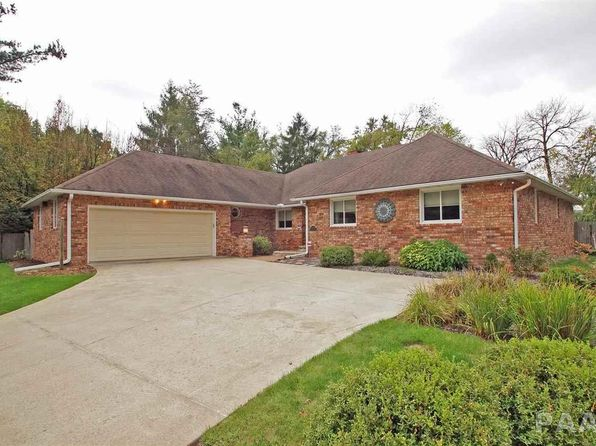 3 bed 3 bath Single Family at 8803 N Beechwood Dr Peoria, IL, 61615 is for sale at 210k - 1 of 32