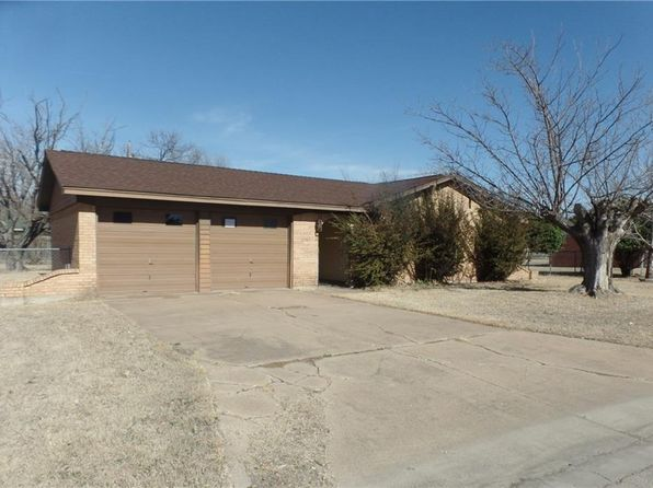 3 bed 2 bath Single Family at 1705 SE 11TH ST MINERAL WELLS, TX, 76067 is for sale at 85k - 1 of 13
