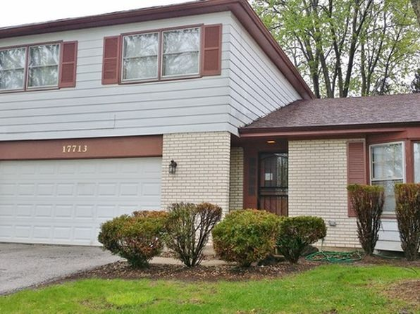 3 bed 3 bath Single Family at 17713 Oakwood Dr Hazel Crest, IL, 60429 is for sale at 135k - 1 of 21