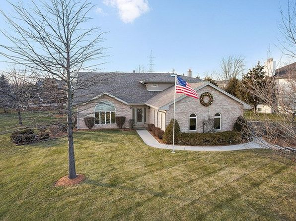 4 bed 3 bath Single Family at 12920 Parker Rd Lemont, IL, 60439 is for sale at 449k - 1 of 27
