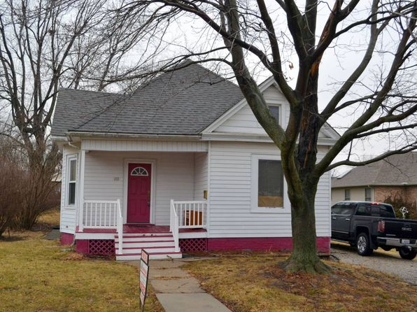 3 bed 1 bath Single Family at 213 E Oak St Gillespie, IL, 62033 is for sale at 60k - 1 of 13