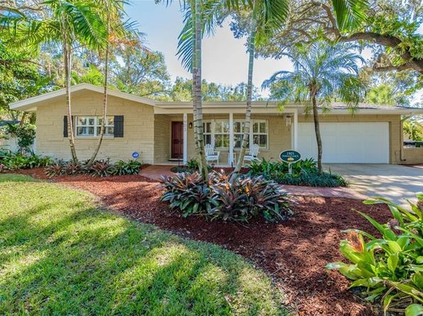 3 bed 2 bath Single Family at 1903 Oakdale Ln S Clearwater, FL, 33764 is for sale at 400k - 1 of 25