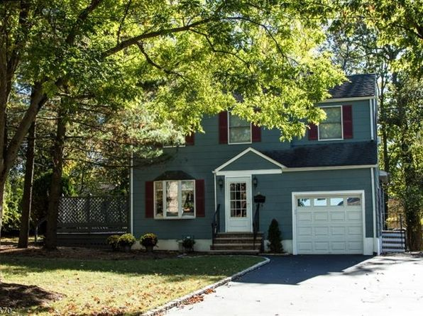 4 bed 2 bath Single Family at 87 Irving Ave Livingston, NJ, 07039 is for sale at 525k - 1 of 19