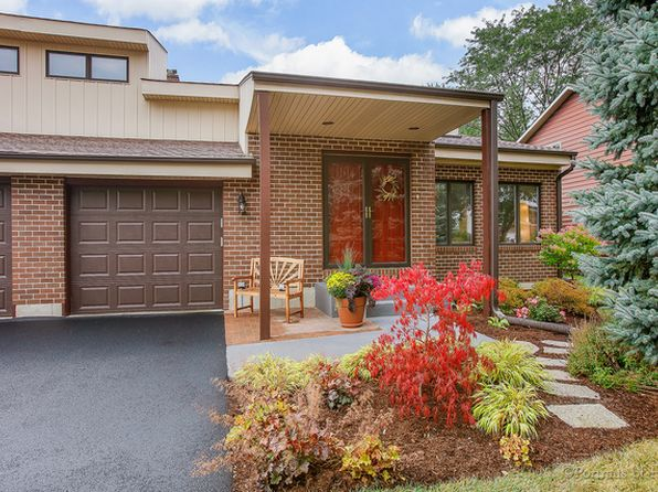 5 bed 3 bath Single Family at 22W251 McCarron Rd Glen Ellyn, IL, 60137 is for sale at 490k - 1 of 24