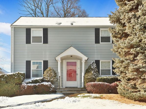 3 bed 2 bath Single Family at 5 Hayes Dr Eastchester, NY, 10709 is for sale at 599k - 1 of 16