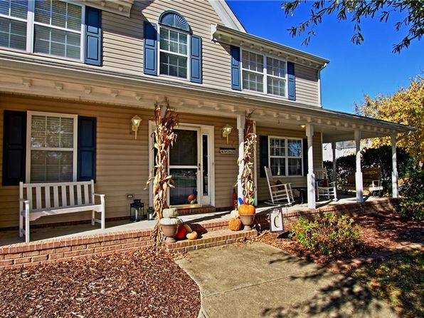 4 bed 3 bath Single Family at 2401 Cliff Cutter Dr Virginia Beach, VA, 23454 is for sale at 390k - 1 of 31