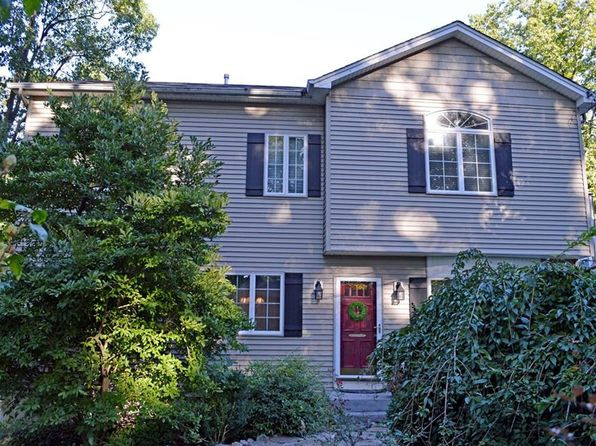 3 bed 3 bath Single Family at 11 Council Crest Rd Sloatsburg, NY, 10974 is for sale at 395k - 1 of 30