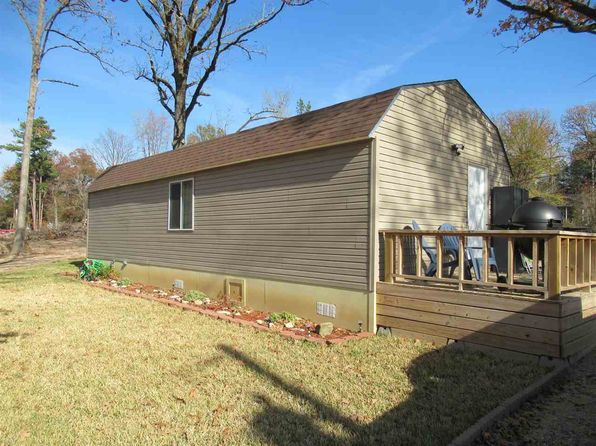 1 bed 1 bath Single Family at 300 W George Richey Rd Gladewater, TX, 75647 is for sale at 95k - 1 of 6