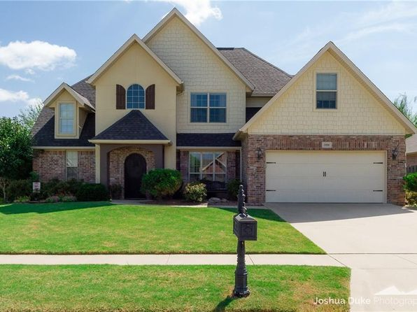 4 bed 3 bath Single Family at 1898 S DORAL DR FAYETTEVILLE, AR, 72701 is for sale at 292k - 1 of 30