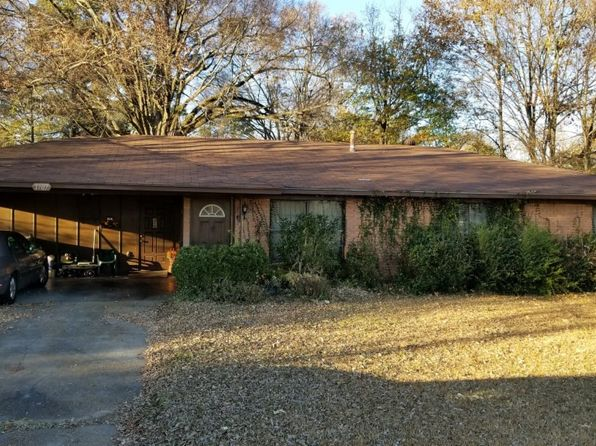 3 bed 1.5 bath Single Family at 1907 Oaklawn Dr Monroe, LA, 71202 is for sale at 45k - 1 of 2