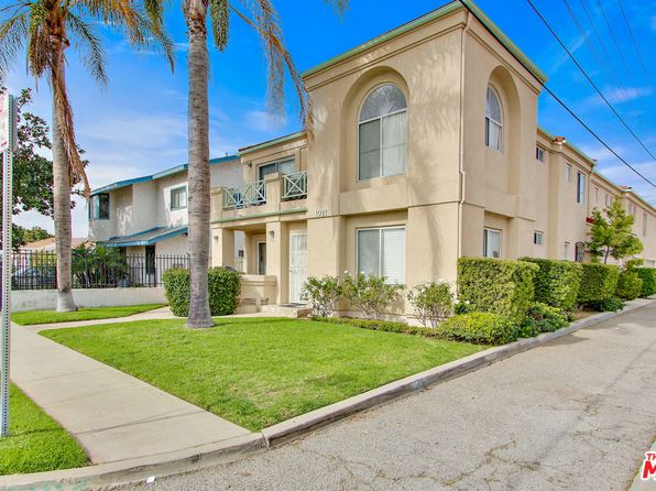 8 bed 6 bath Multi Family at 1021 W 160th St Gardena, CA, 90247 is for sale at 1.10m - 1 of 10