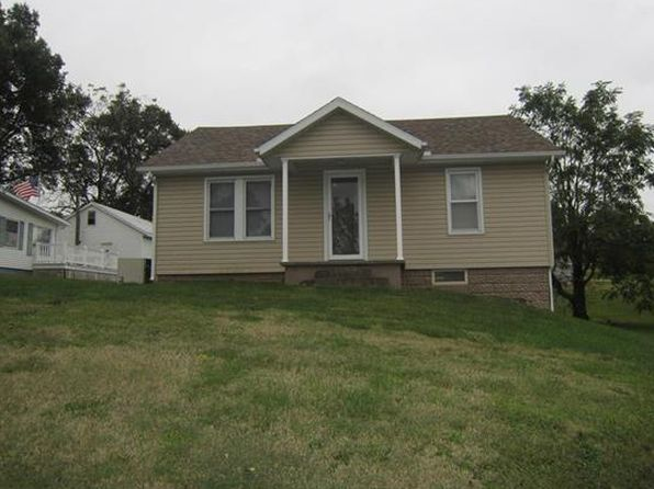 2 bed 1 bath Single Family at 906 W South St Vandalia, IL, 62471 is for sale at 36k - 1 of 15