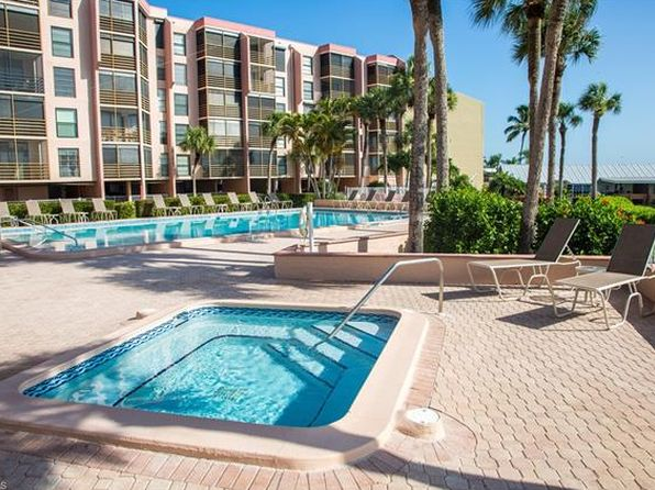1 bed 1 bath Condo at 1085 Bald Eagle Dr Marco Island, FL, 34145 is for sale at 285k - 1 of 3