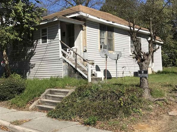 2 bed 1 bath Single Family at 1020 TREE ST COLUMBIA, SC, 29205 is for sale at 25k - google static map