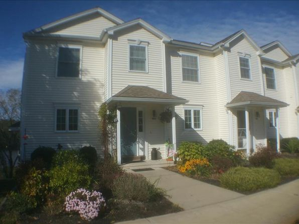 2 bed 4 bath Condo at 148 Mathewson St Griswold, CT, 06351 is for sale at 115k - 1 of 21