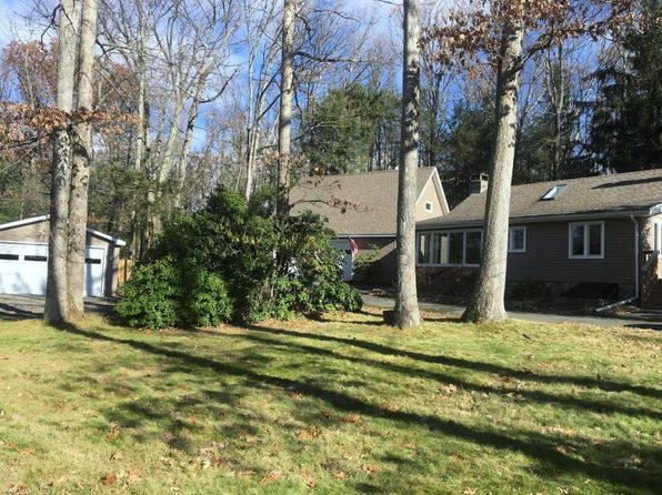 3 bed 2 bath Single Family at 114 S Fairview Rd Tafton, PA, 18464 is for sale at 375k - 1 of 60