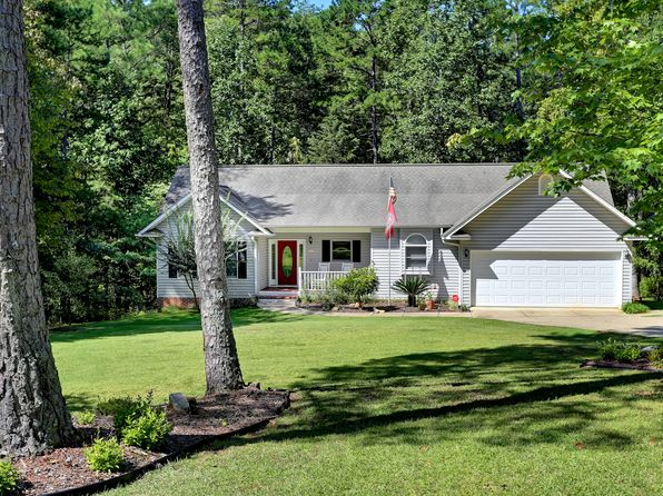 3 bed 3 bath Single Family at 113 Cane Creek Harbor Rd Seneca, SC, 29672 is for sale at 343k - 1 of 24