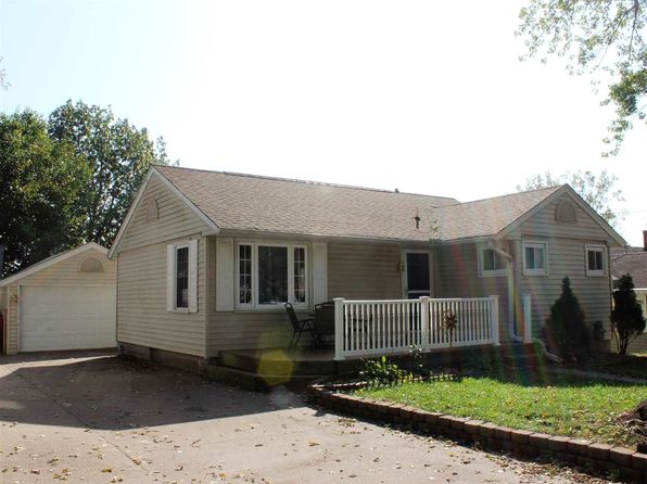4 bed 2 bath Single Family at 1619 N 6th St Clinton, IA, 52732 is for sale at 87k - 1 of 17