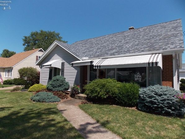 3 bed 2 bath Single Family at 713 Taft St Port Clinton, OH, 43452 is for sale at 135k - 1 of 20