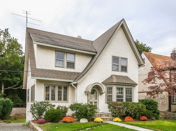 4 bed 3 bath Single Family at 18 Kilmer Rd Larchmont, NY, 10538 is for sale at 1.07m - 1 of 27