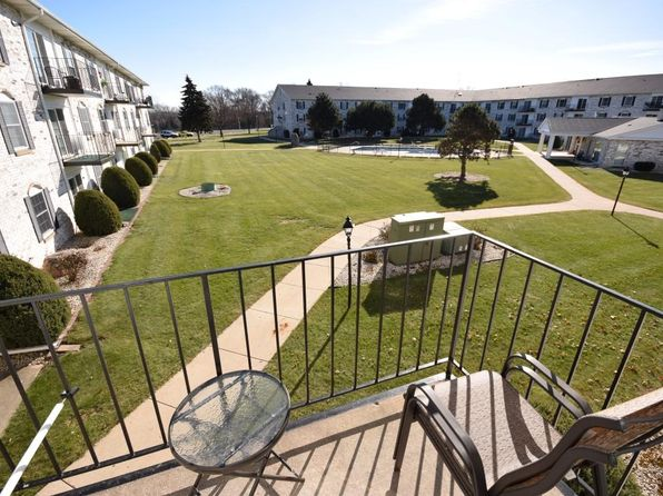 2 bed 2 bath Condo at 151 N University Dr West Bend, WI, 53095 is for sale at 68k - 1 of 10