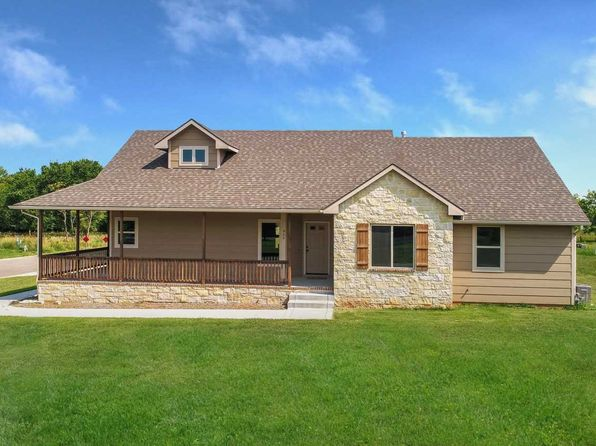 3 bed 2 bath Single Family at 928 E North Crest Rd El Dorado, KS, 67042 is for sale at 256k - 1 of 32