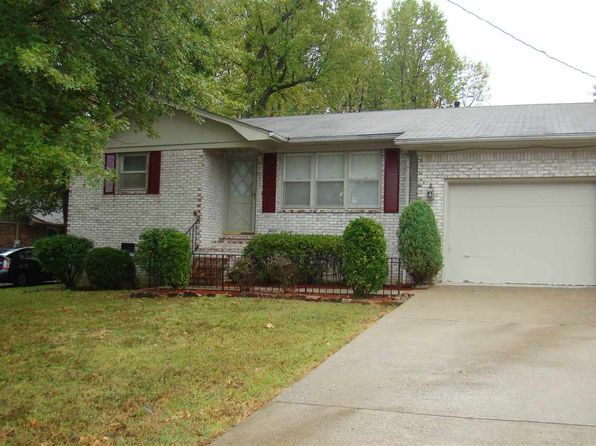 3 bed 2 bath Single Family at 377 Longview Dr Paducah, KY, 42001 is for sale at 125k - 1 of 19