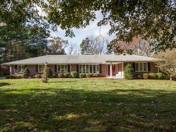3 bed 3 bath Single Family at 86 White Oaks Dr Longmeadow, MA, 01106 is for sale at 530k - 1 of 30