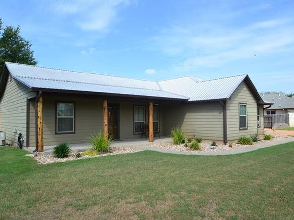 3 bed 2 bath Single Family at 133 Kokomo Ln Bastrop, TX, 78602 is for sale at 225k - 1 of 40