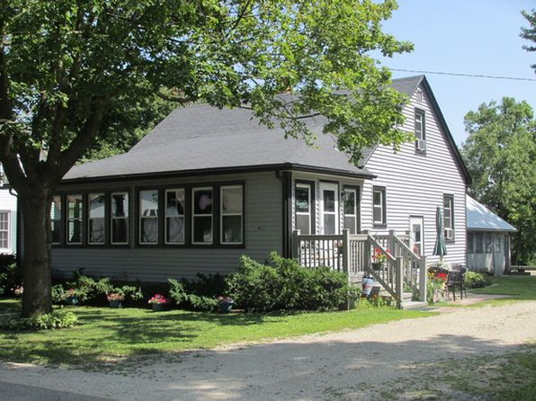 3 bed 2 bath Single Family at 405 S Essex St Leland, IL, 60531 is for sale at 105k - 1 of 26