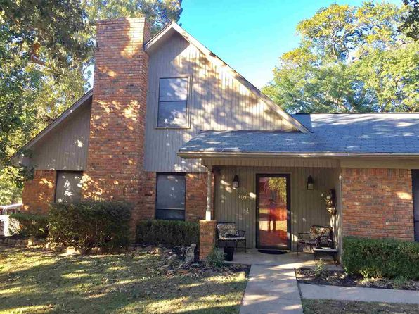 3 bed 2 bath Single Family at 507 Ridgecrest Dr White Oak, TX, 75693 is for sale at 160k - 1 of 12