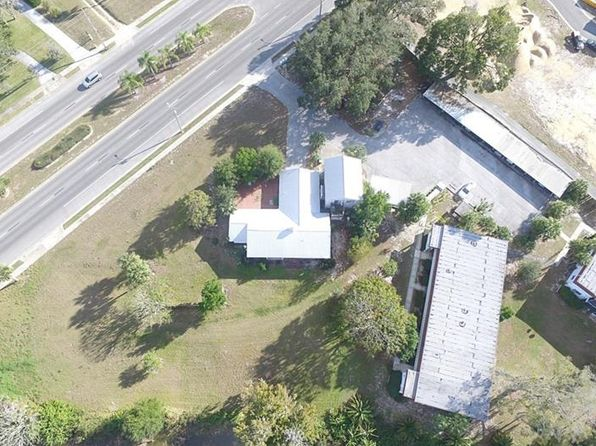 6 bed 3 bath Single Family at 196 S Central Ave Umatilla, FL, 32784 is for sale at 265k - 1 of 22