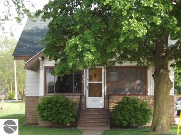 3 bed 1 bath Single Family at 619 Michigan Ave Saint Louis, MI, 48880 is for sale at 60k - 1 of 60