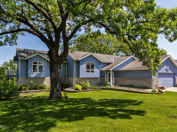 3 bed 3 bath Single Family at 1209 S Oak St Lake City, MN, 55041 is for sale at 245k - 1 of 28