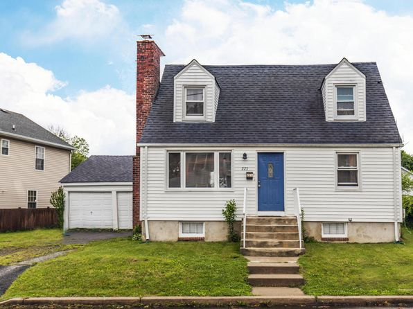 2 bed 2 bath Single Family at 223 Arlington Ave Cliffwood, NJ, 07721 is for sale at 240k - 1 of 21